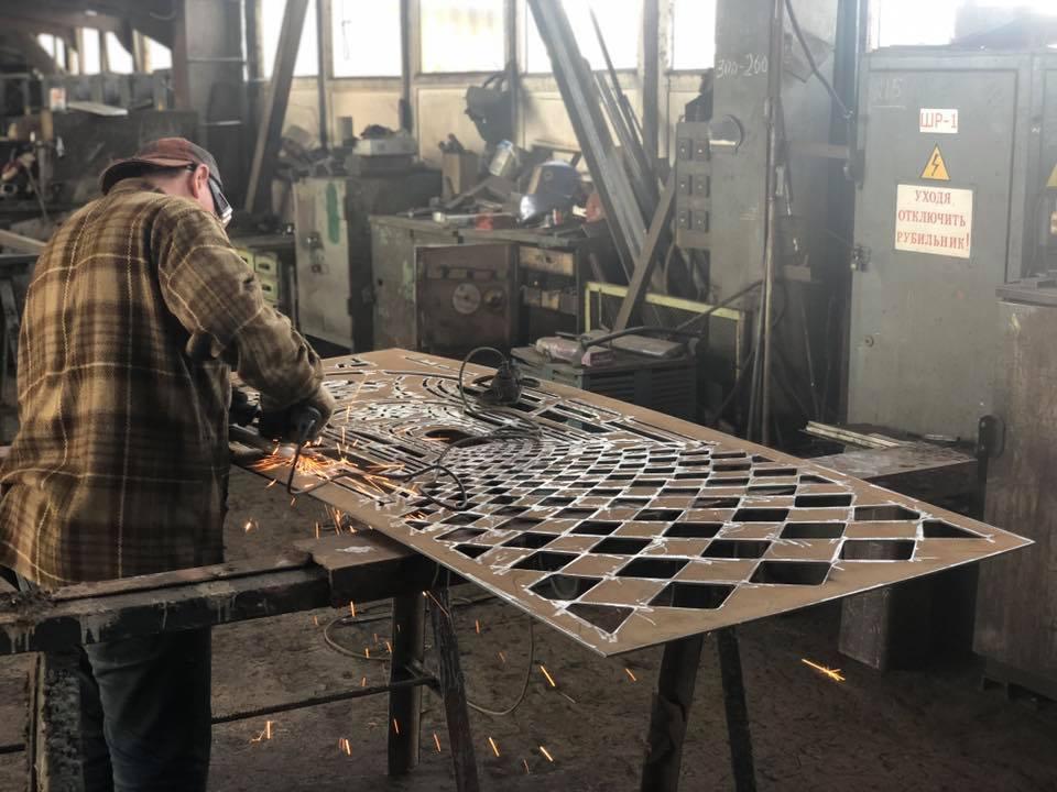 Процесс производства 3D архитектурной двери