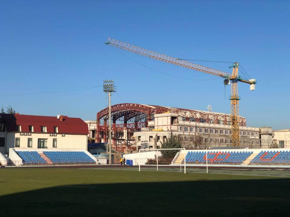 Закончили монтаж ферм спорткомплекса «Крым-Спорт»
